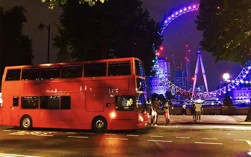Celebrity tour bus companies